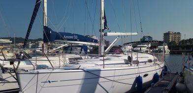 scafo Bavaria 37 Cruiser