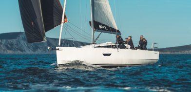 Elan E4 imbarcazione a vela demo