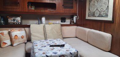 6_Orca 43 usato in vendita Adria Ship dinette